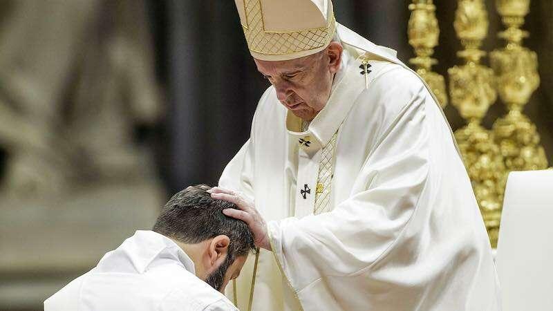 Priesterweihe mit Papst Franziskus